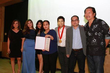 ABS-CBN WINS BEST TV STATION AT BOTH GAWAD TANGLAW AND BSPU KAGITINGAN AWARDS