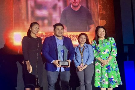 ABS-CBN NEWS' JOURNALISTS LEAD KAPAMILYA WINNERS AT COMGUILD AWARDS